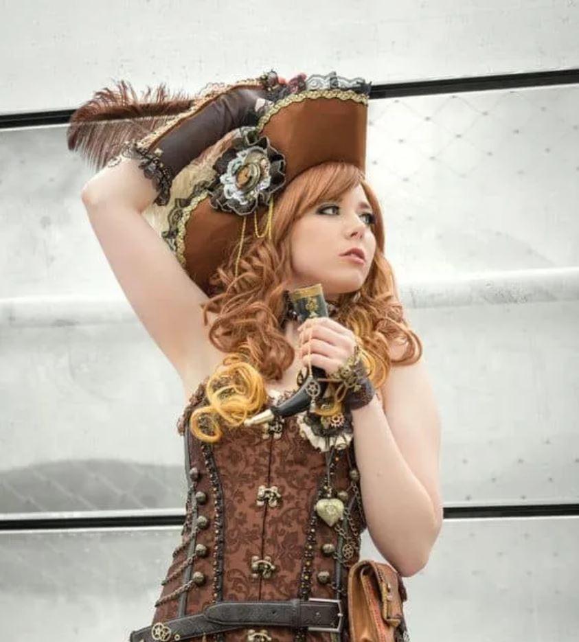 steampunk pirate femme
